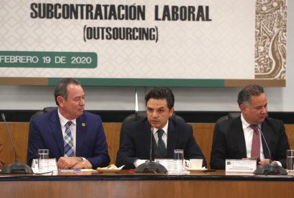 Por outsourcing ilegal, empresas quebrarán: Zoé Robledo