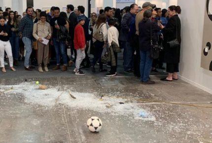Galería OMR acusa a Lésper de destruir pieza en Zona Maco