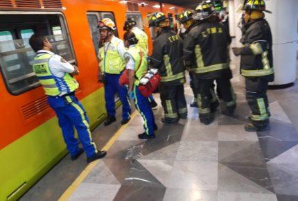 Murió un hombre al arrojarse a vías del metro en Escuadrón 201