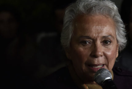 Sánchez Cordero respalda el paro de mujeres... pero ella sí trabajará