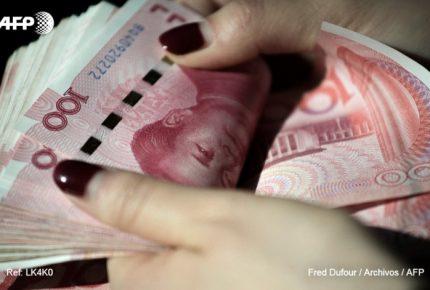 Por coronavirus, China pone en cuarentena a sus billetes