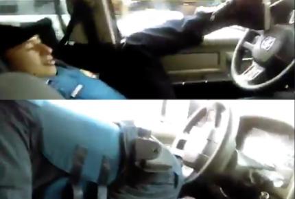 Elemento de la policía de la CDMX muestra su 'destreza' al volante