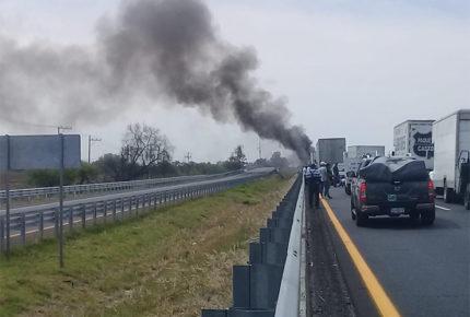 Autoridades realizan operativos por bloqueos en Guanajuato