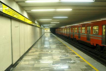 Por filtraciones de gasolina, cierran 3 estaciones del Metro