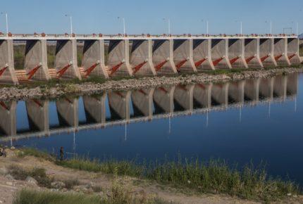 Morena propone endurecer y acortar las concesiones de agua