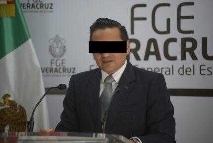 Destituyen a Jorge Winckler como fiscal de Veracruz