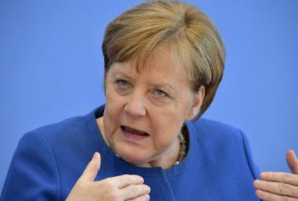 Merkel pretende extender restricciones en Alemania