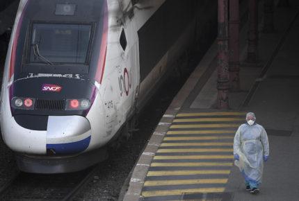 Francia estima pérdida de actividad económica de 35%