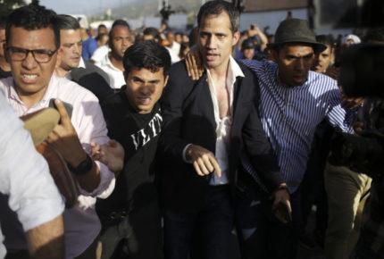 Guaidó acusa a 'dicatadura' de intentar asesinarlo en protesta