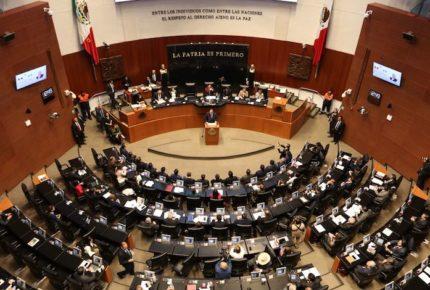 Pese a disolución de bancadas del PRD y PES, Senado mantiene representación