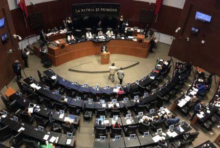 Disuelven grupos parlamentarios del PRD y PES en el Senado