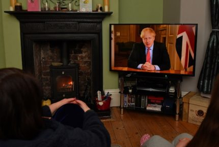 Reino Unido se blinda para evitar contagios de Covid-19