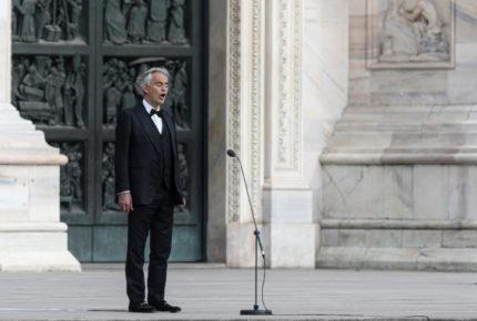 Andrea Bocelli ofrece concierto 'por la fe y la esperanza'