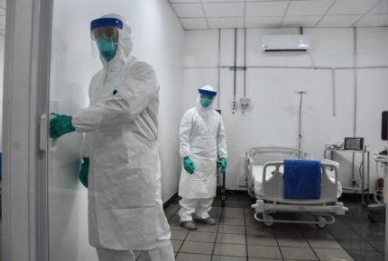 Autoridades de salud contratarán 6 mil médicos y 12 mil enfermeras