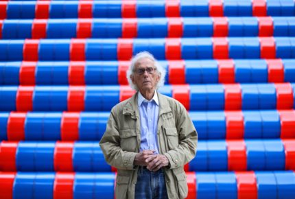 Murió Christo, famoso artista plástico