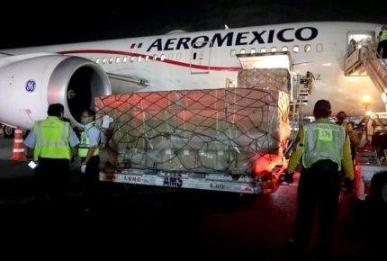 Llega a México décimo vuelo con insumos; contiene 48 ventiladores