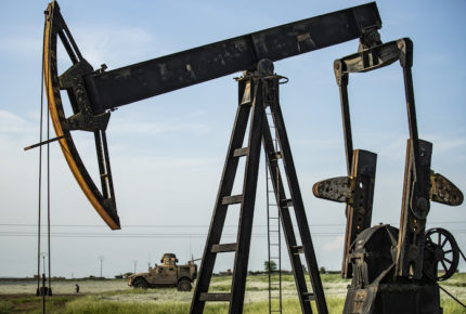 Precios del petróleo se mantienen con alzas significativas
