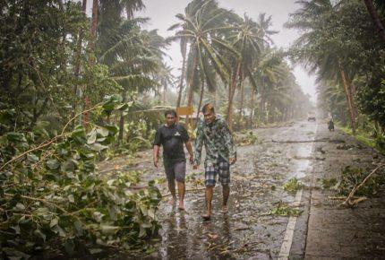 En medio de la pandemia, tifón azota a Filipinas