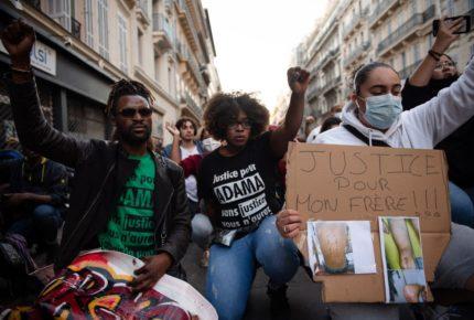 HRW alerta sobre controles policiales abusivos en Francia