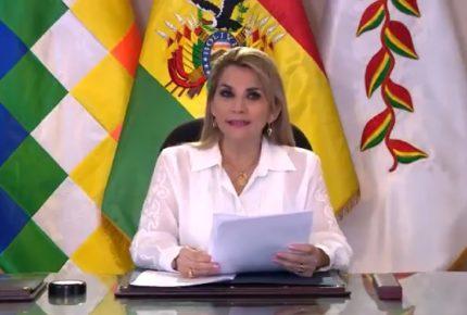 Promulga Jeanine Añez ley para convocar a elecciones en Bolivia