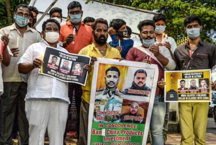 China e India acuerdan reducir tensión en su frontera
