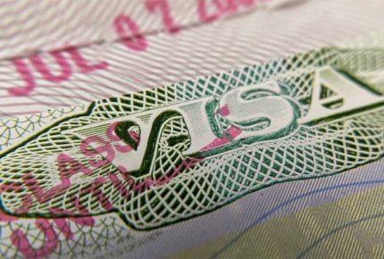 EU desiste de retirar visas a estudiantes extranjeros