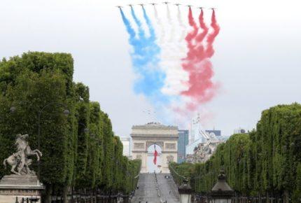 Francia celebra Día Nacional con versión Covid-19