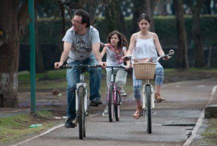 Padres sin estructura emocional forman jóvenes sin respeto a la autoridad