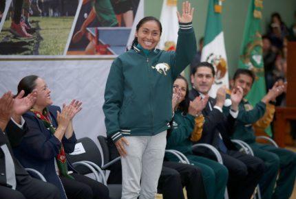 Acusan a medallista Lupita Gonzalez de falsificación de documentos