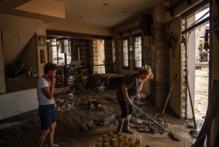 Inundaciones en Grecia dejan 5 muertos