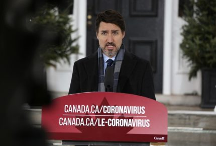 Canadá amaga con 'contramedidas' tras aranceles de EU