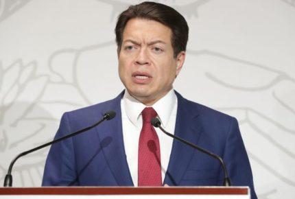 Delgado recibe felicitación del PCC por su elección en Morena