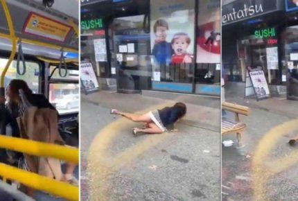 Mujer le escupe a sujeto en autobús y la bajan a empujones