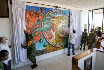 Héctor Astudillo devela mural sobre las Fuerzas Armadas