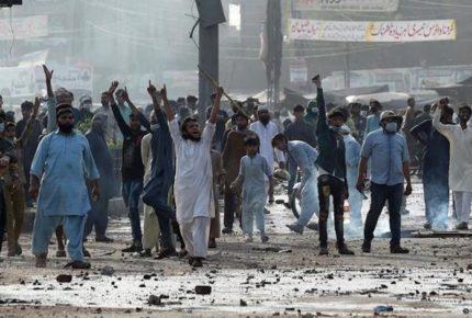 Pakistán 'castiga' manifestaciones con bloqueo a redes sociales