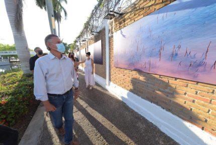 """Alcalde de Tampico inaugura  exposición """"Los Mitos del Agua"""""""