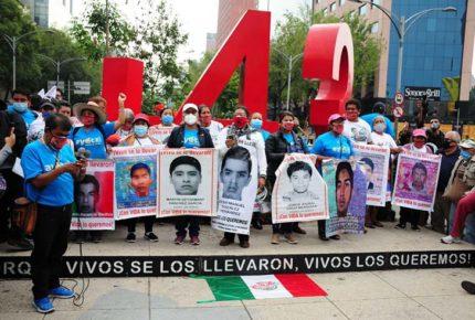 Ayotzinapa: enviarán a Innsbruck más restos óseos para su análisis