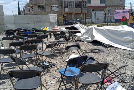 Candidato del PRI en Ecatepec 'provoca' riña durante mitin
