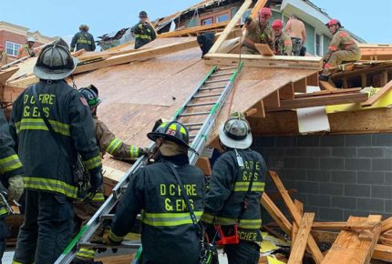 Colapsa edificio en Washington; hay al menos cinco heridos