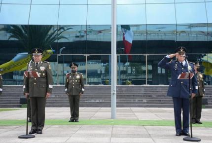 Designan a nuevo comandante de la Fuerza Aérea Mexicana