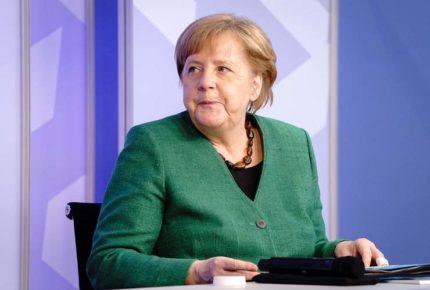 EU habría espiado a Merkel y aliados con ayuda de Dinamarca