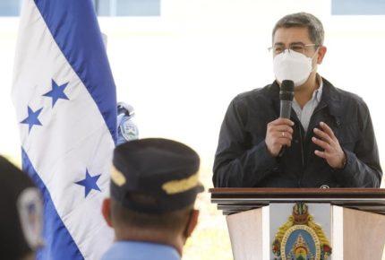 Presidente de Honduras niega vínculos con el  narcotráfico