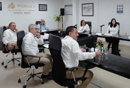 Evalúa AMLO modernización de Refinería de Ciudad Madero