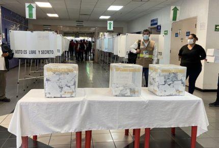 Trabajadores de GM en Silao votan para sacar a la CTM