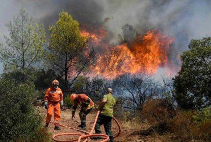 Incendio forestal en Francia cobra su primera víctima mortal