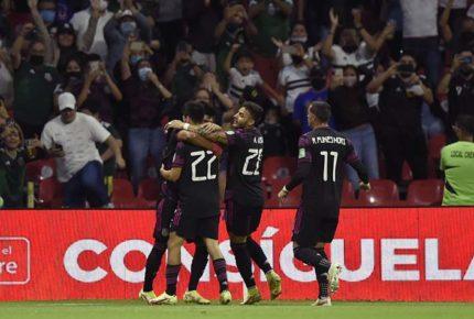 México restablece su autoridad al vencer por goleada a Honduras