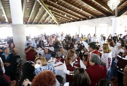Carlos Lomelí promete apoyos económicos a mamás emprendedoras