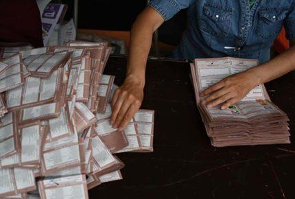 El INE inicia el cómputo de votos para diputaciones plurinominales