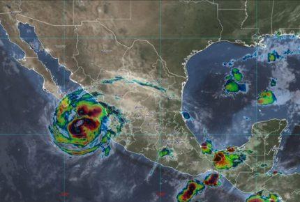'Olaf' se fortalece, dejará fuertes lluvias en cinco estados