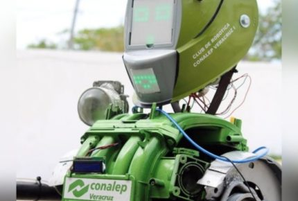 Crean robot para aplicar protocolos sanitarios en el regreso a las aulas